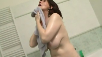 This granny has got a substantial set of two titties and she likes fucking cardinal guys