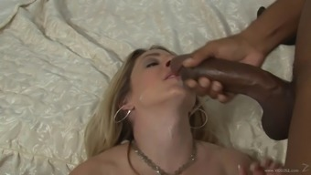This wayward white cougar is hooked on big exemplary prick