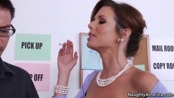 busty chief veronica avluv convincing younger stud at work