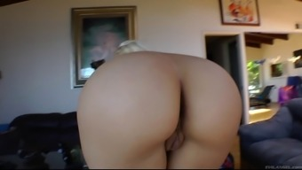Major ass MILF loves sizzling lesbian exciting