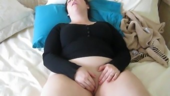 A Curvy Little Beauty - Online video media 4