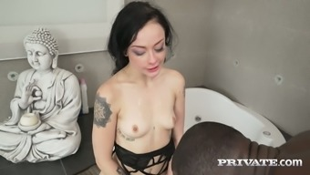 Alessa Mean are able to handle a big prime cock in her pussy with ease