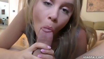 real estate broker alexis adams may spread her legs simultaneously for 3k
