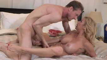 Alexis Fawx is a lovely blonde wishing to become ravished effectively