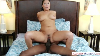 England Keyes can fuck like no other brand of and she likes great superlative cocks