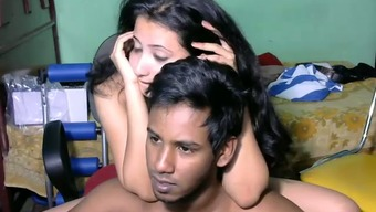 Gorgeous Srilankan young partner and her sexy boyfriend on web camera