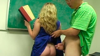 Apprentice fucked her tutor really difficult in her own wet pussy