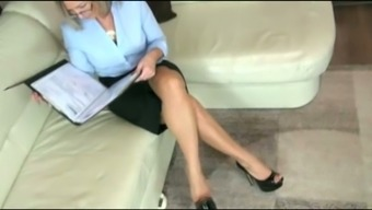 Amateur light milf performs by having cock and lies given on my face