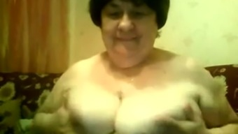 This excess weight senior girl with large excess chests knows how to conversation