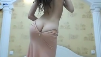 ArabPrincess Camgirl along with Booty Cleavage