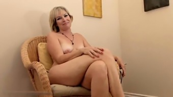 Realy beautiful age Stefanie from 1fuckdatecom