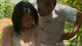 Stunning Japanese milf is enjoying her man