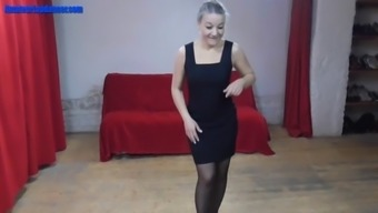 age strumpet dances for getting a prick