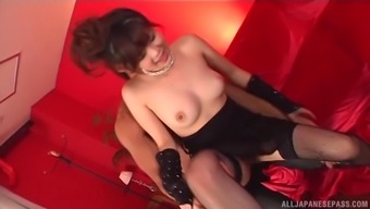Japanese people sweetheart Shanghai Yuki does dirty elements and get a mouthful of sperm