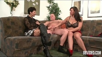 The german language milfs fucking a attractive dude