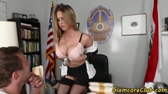 Cockriding pornstar screwed in regulate outfit
