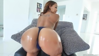 Caramel chocolate Motorcycle Dean gives her luscious butt to really her fella