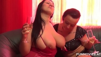 Sensual curvaceous lesbo Sweet Cox transforms a date into heated outstanding sexual intercourse