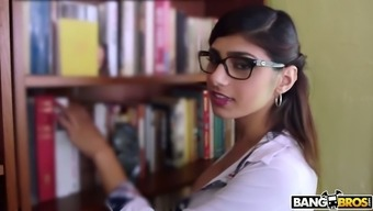 Very well influenced Mia Khalifa should be able to obtain her moist Lebanese cunt fucked greyhound dog