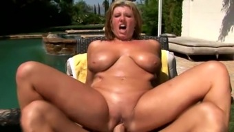 Heated oiled up blonde moaner gets fucking stuffed outdoors