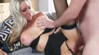 Slutty Move mom Emma Starr Gives Best Blowjob her step son and will help himcum
