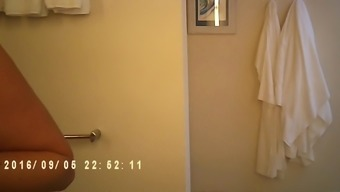 mature mama wedged open on bathing room veiled cam