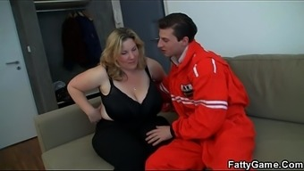 Doggy-fuck for big boobs chubby blond