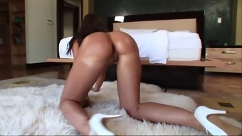 Hypnotizing model in high heel boots ecstatic as this lady gets ravished in her anus